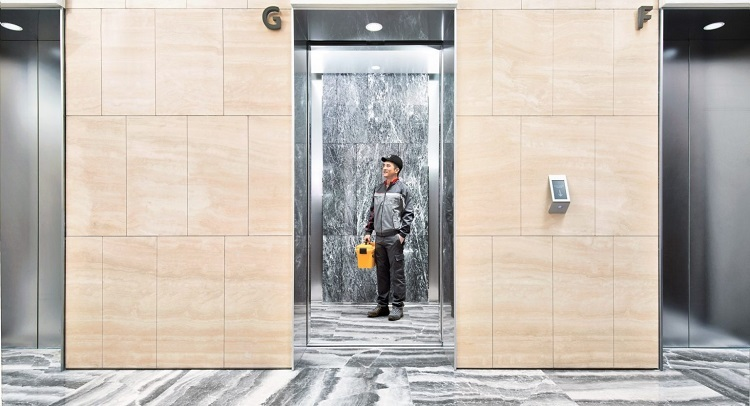 Things you should know about elevator door ads